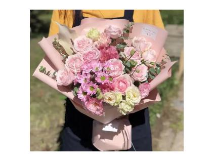 插花培训课程机构分享养护鲜花方法